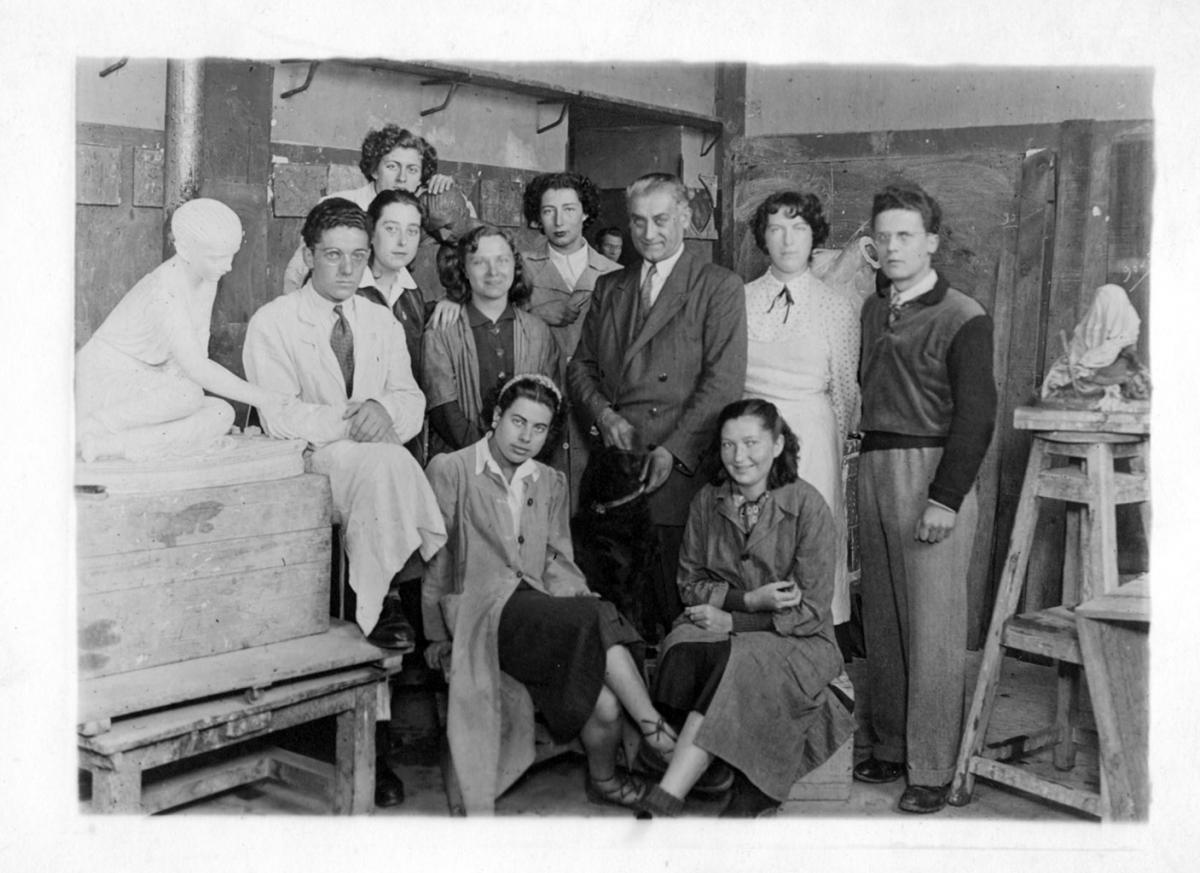 Alexandre Callède, en 1942, à l'Ecole des Beaux-Arts de Bordeaux (c) Documentation. Musée des Beaux-Arts de Bordeaux