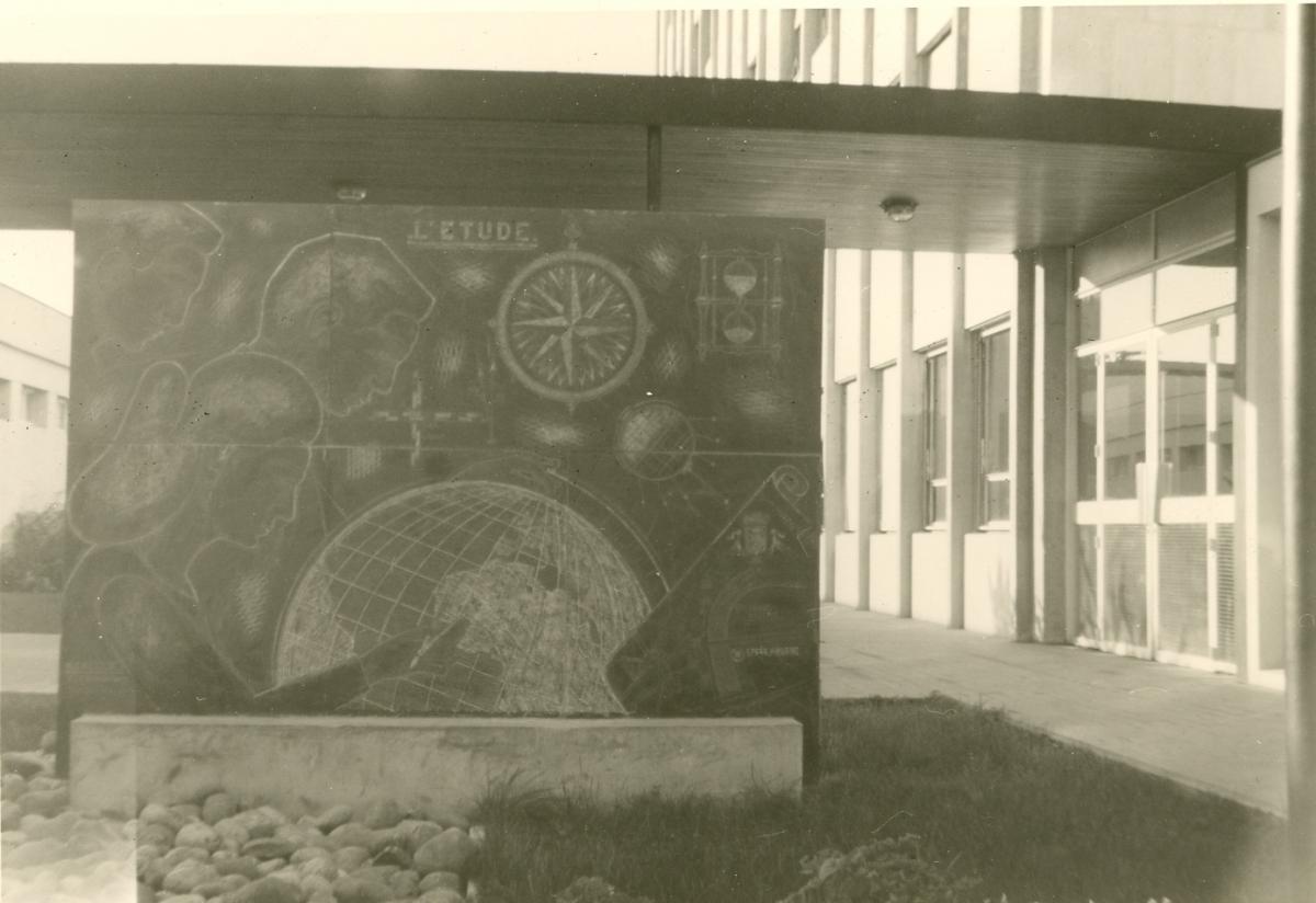 Image : Alexandre Callède, La Découverte du monde pour le bas-relief du lycée François Mauriac, 1963