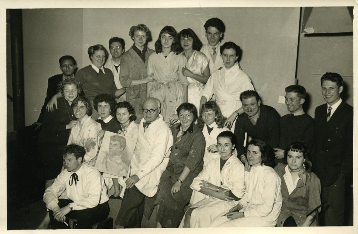 1954, Cizos-Natou à l'École des Beaux-Arts de Bordeaux et F. M. Roganeau (professeur)