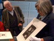 Photo d'une visite au Cabinet d'arts graphiques © Musée des Beaux-Arts-mairie de Bordeaux. Cliché I.Beccia