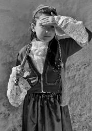 Dans les yeux d'Ismini (Missolonghi)  © Nikos Aliagas, 2017