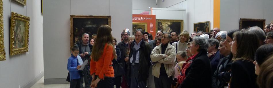 Photo d'une visite dans les collections permanentes © Musée des Beaux-Arts-mairie de Bordeaux. Cliché A.Desclaux
