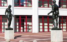 Figure de femme, Marcel Damboise et Athlète masculin, Alfred Auguste Janniot, stade Chaban-Delmas, Photo © L. Pechaubes