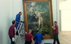 Image : décrochage d'une oeuvre © Musée des Beaux-Arts-mairie de Bordeaux. Cliché A.Berton
